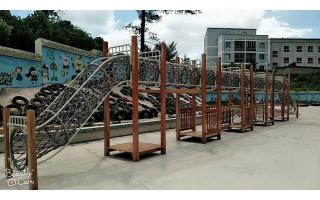 黔南中小学户外必威体育官方下载设施案例